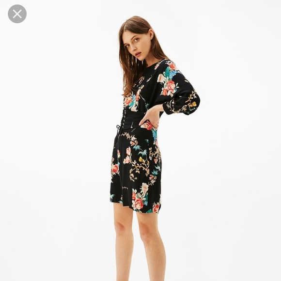 00affe3015f7 Bershka Dresses | Nwt Corseted Printed Floral Short Dress | Poshmark